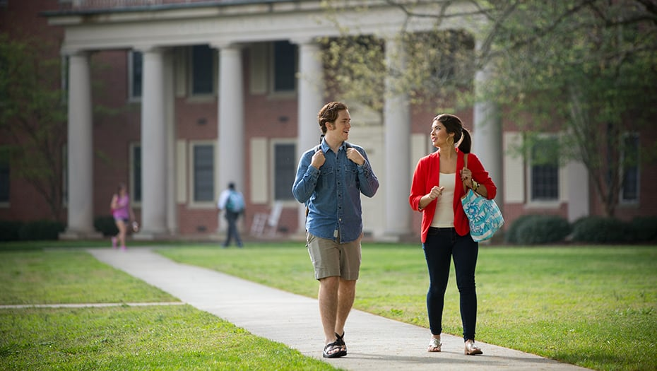 college study abroad programs - 930×525